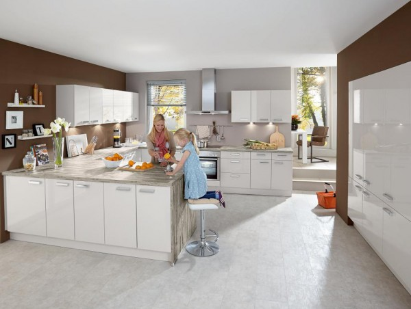 ATRIUM Einbauküche mit Constructa Elektrogeräten