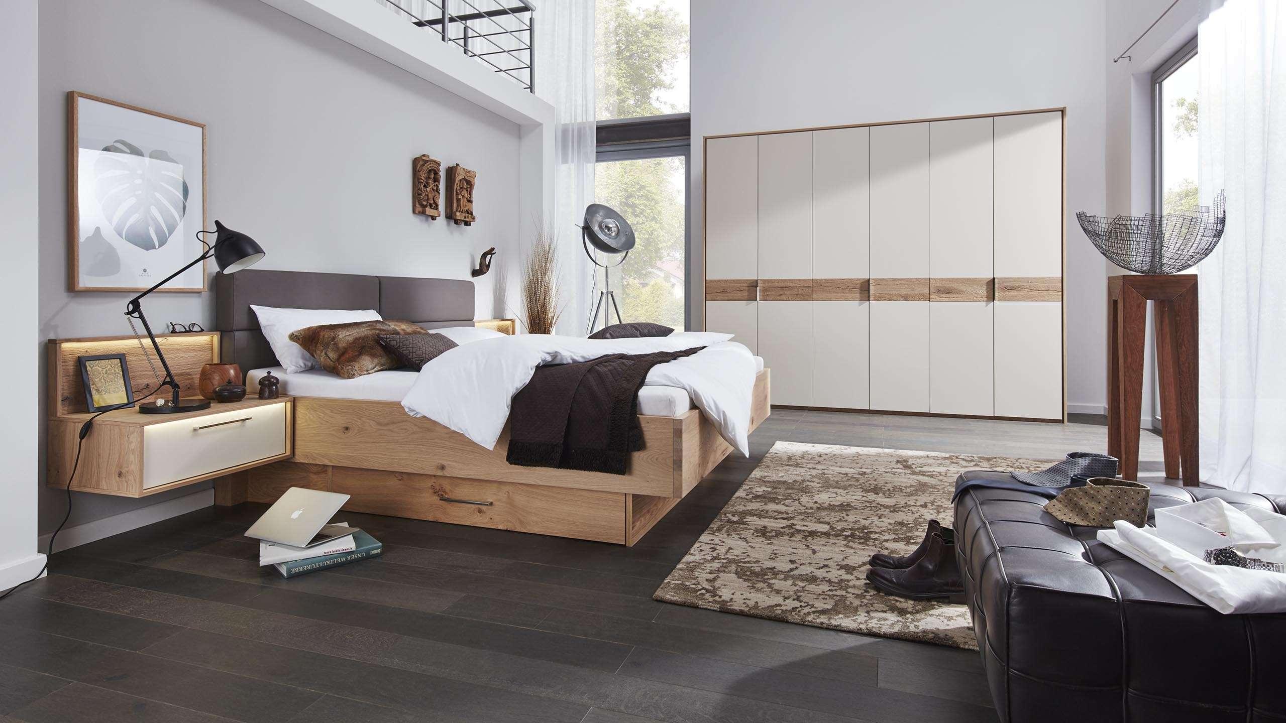 schlafzimmer set rustikal salzkristall lampe im. Black Bedroom Furniture Sets. Home Design Ideas