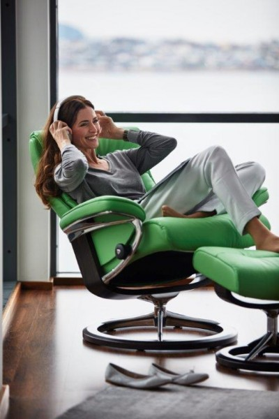 Stressless-Sessel-Sunrise-M-grün-Relaxfunktion