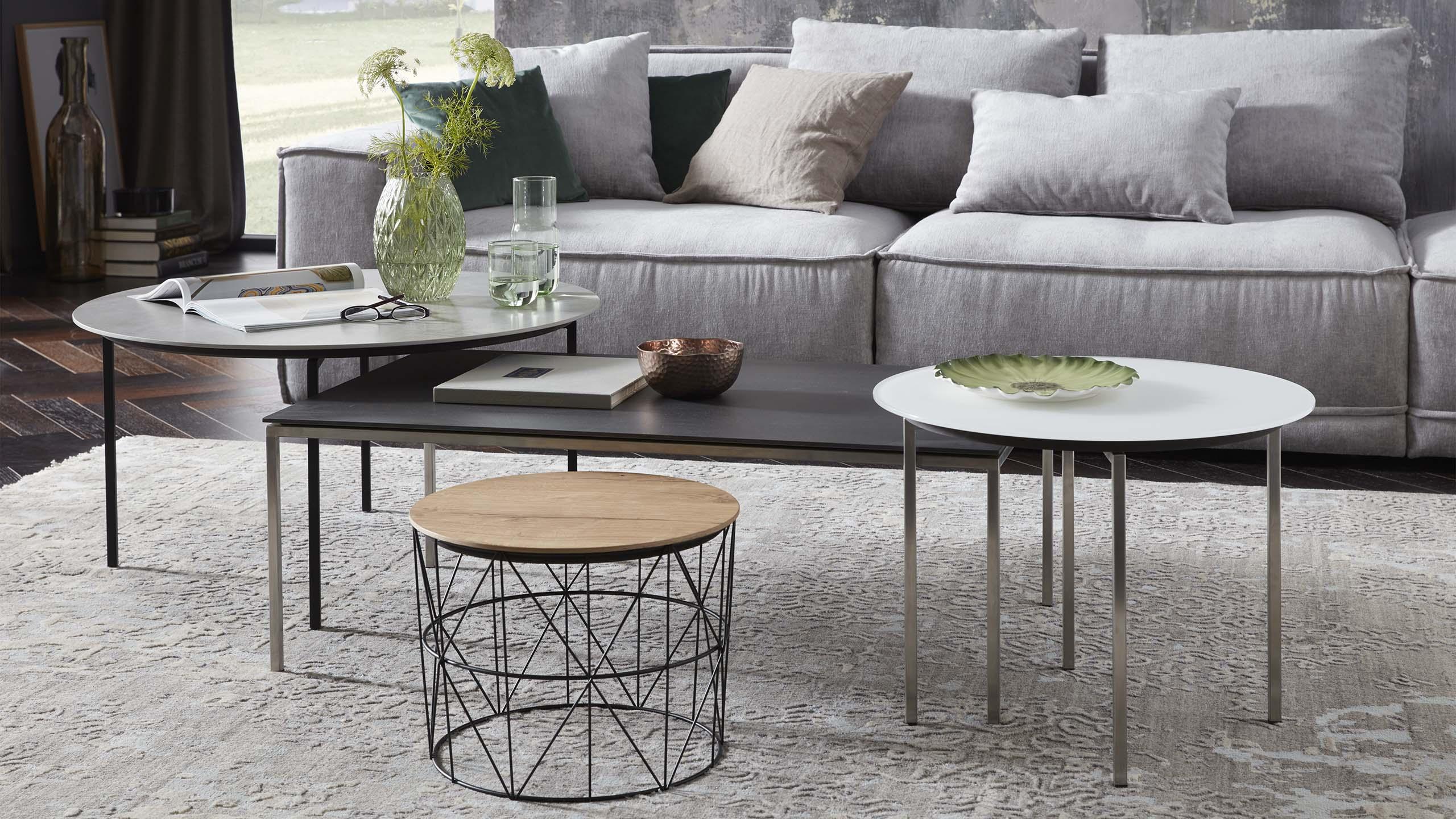 couch beistelltische wohnzimmer m bel m bel fischer. Black Bedroom Furniture Sets. Home Design Ideas