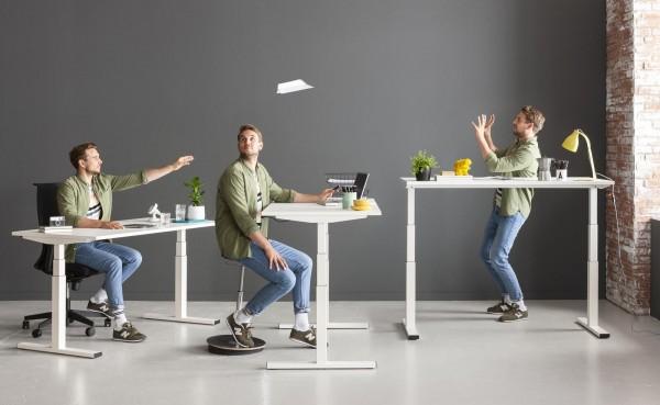 Nowy-Styl-Schreibtisch-emodel