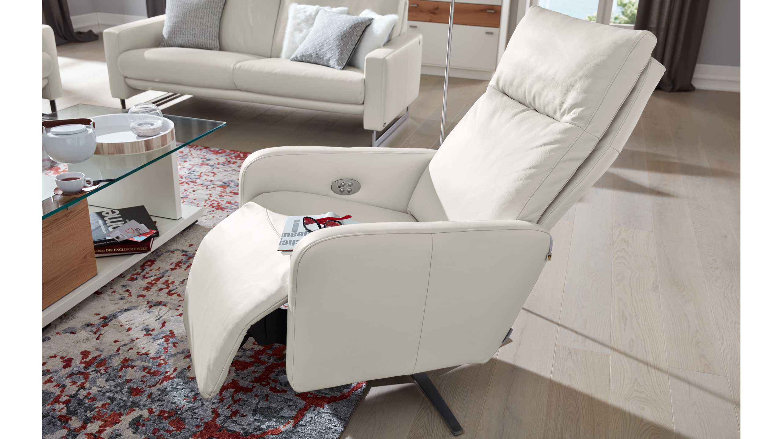 Interliving Sessel Serie 4501 - mit Relaxfunktion | Möbel